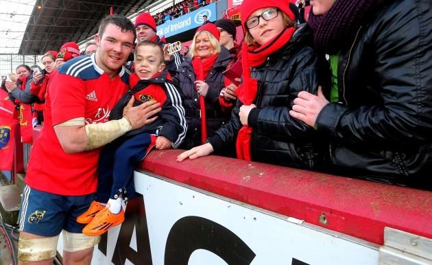 Peter O'Mahony with fan Luke Grimes