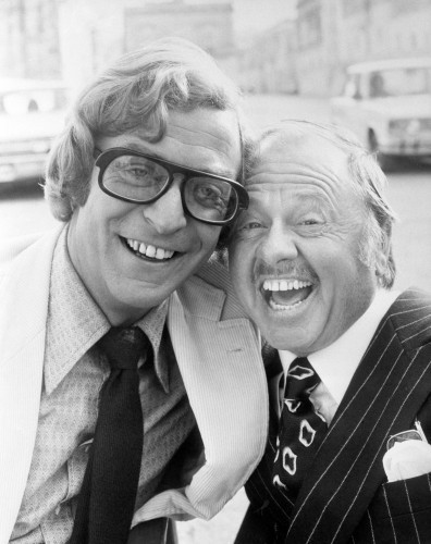 Film - Pulp - Michael Caine and Mickey Rooney