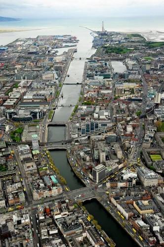 Over O'Connell Bridge