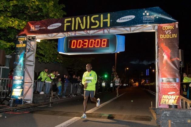 Peter Brandon wins the Dublin Samsung Night Race