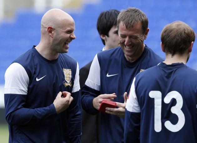 Soccer - British Army v FA Legends - Madejski Stadium