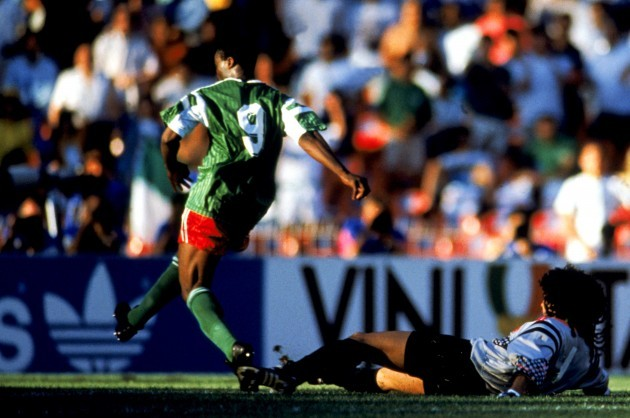 Soccer - World Cup Italia 90 - Second Round - Colombia v Cameroon