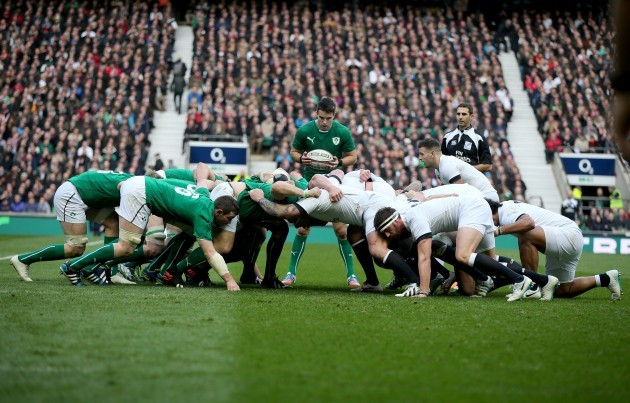 Conor Murray puts the ball into a scrum
