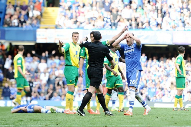 Soccer - Barclays Premier League - Chelsea v Norwich City - Stamford Bridge