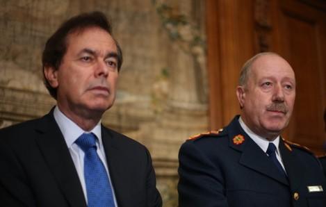 Alan Shatter resigns