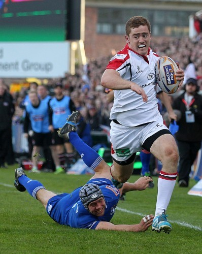 Paddy Jackson gets away from Issac Boss to score a penalty try