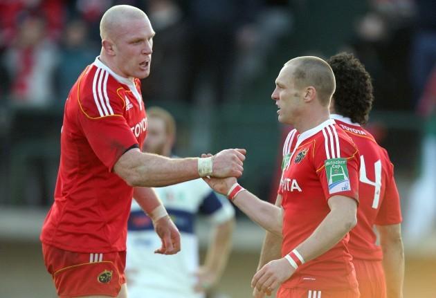 Paul O'Connell congratulates Paul Warwick