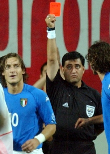 WORLD CUP TOTTI RED CARD