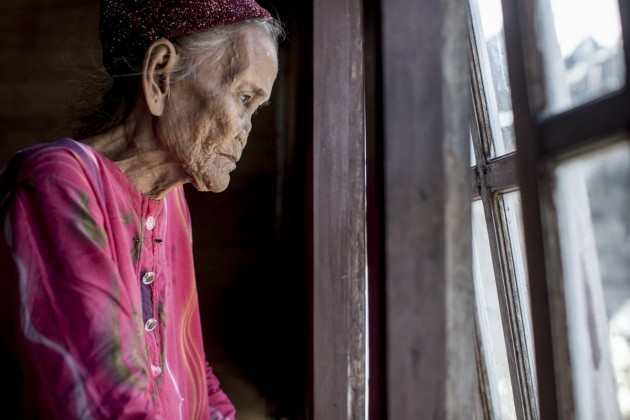 the-bajau-people-encounter-constant-danger-which-prevents-many-from-living-to-an-old-age-like-this-woman-many-are-crippled-or-die-from-the-bends-this-decompression-sickness-occurs-when-people-dive-a