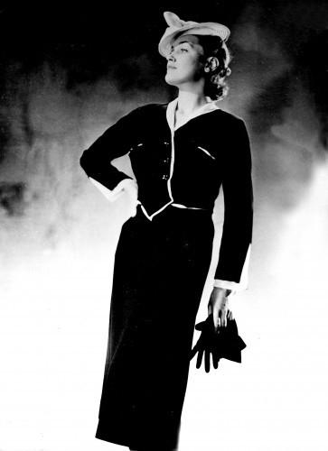 Fashion - Chanel - Paris - 1938
