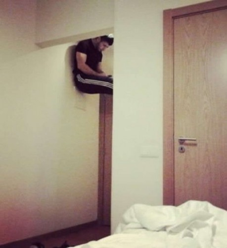 When the guy living upstairs has unprotected wifi... - Imgur