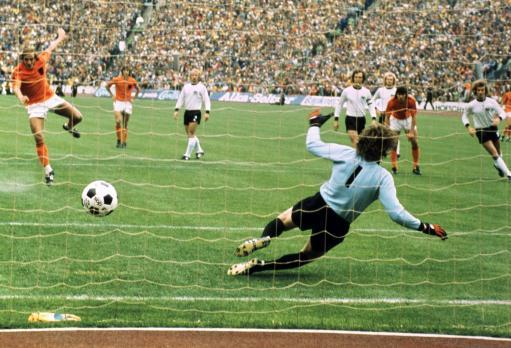 Soccer - World Cup West Germany 1974 - Final - West Germany v Holland