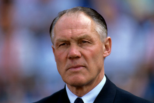 Soccer - European Championships - Euro 88 West Germany - Group Two - Netherlands v England - Rheinstadion