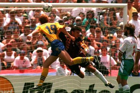 Empics10,Sweden v Bulgaria .... Soccer World Cup 94