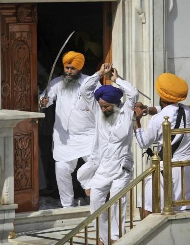 India Temple Clash