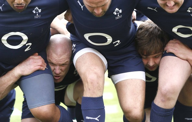 Paul O'Connell and Iain Henderson in a scrum