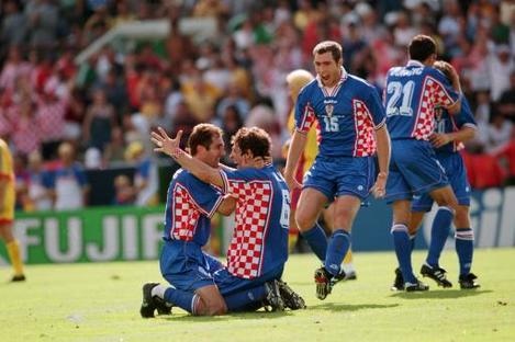 Soccer - World Cup France 98 - Second Round - Romania v Croatia