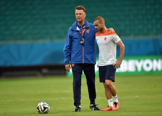 Soccer - FIFA World Cup 2014 - Group B - Spain v Netherlands - Netherlands Training Session - Arena Fonte Nova