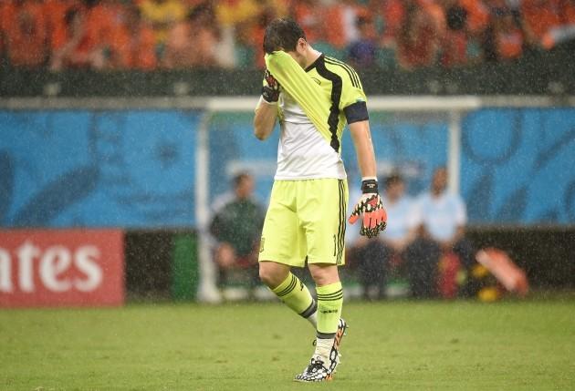 Soccer - FIFA World Cup 2014 - Group B - Spain v Netherlands - Arena Fonte Nova