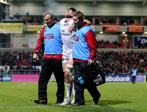 Stephen Ferris goes off injuried