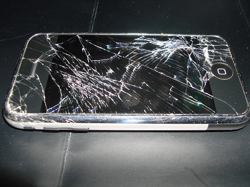 broken-iphone-screen