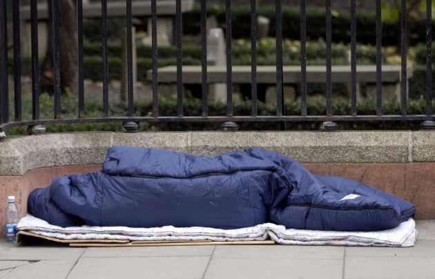 File Pics THE SIMON COMMUNITY says it recorded an 88 per cent increase in the number of people bedding down in Dublins inner city area between July and September this year, compared the the same period in 2012.