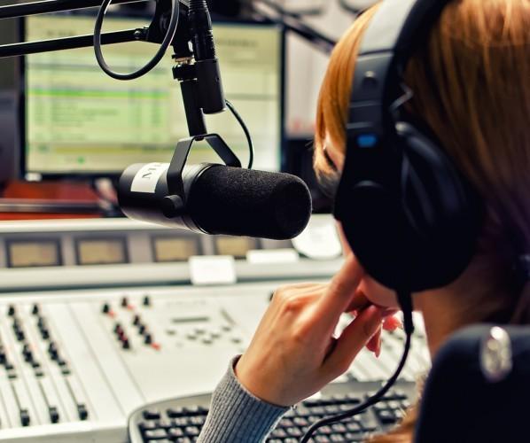 Do Irish radio stations play enough homegrown music