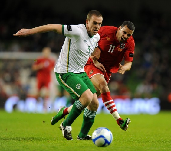 Soccer - Carling Nations Cup - Republic of Ireland v Wales - Aviva Stadium