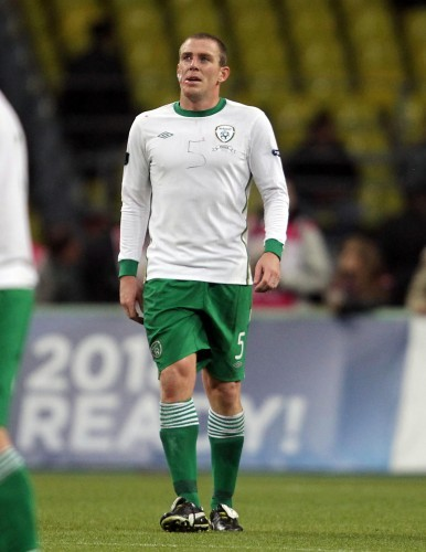 Richard Dunne with the number 5 written on his jersey