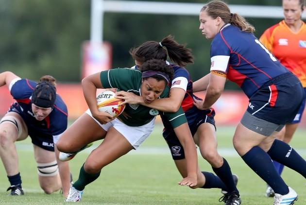 Sophie Spence tackled by Jocelyn Tseng