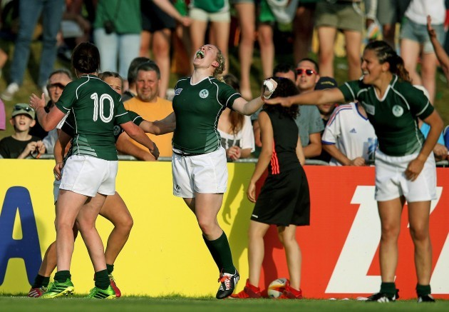 Niamh Briggs celebrates at the final whistle 5/8/2014
