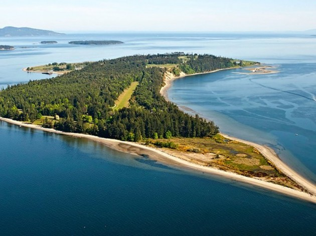 james-island-is-located-just-off-the-southeast-corner-of-vancouver-island-in-british-columbia-canada