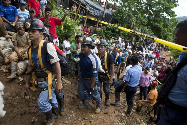 Nicaragua Miners Trapped