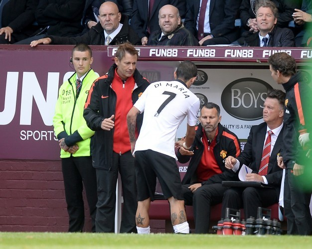 Soccer - Barclays Premier League - Burnley v Manchester United - Turf Moor