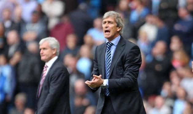 Soccer - Barclays Premier League - Manchester City v Stoke City - Etihad Stadium