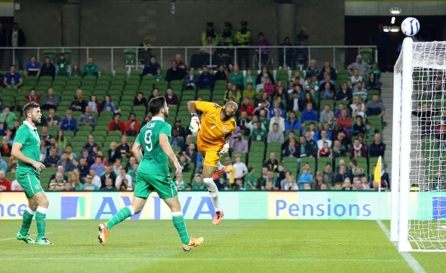 Aiden McGeady's goal attempt hits the crossbar