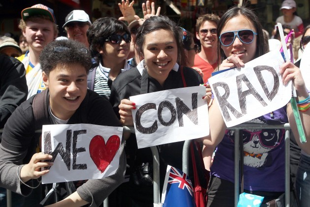 Fans during today's parade in Auckland 24/10/2011