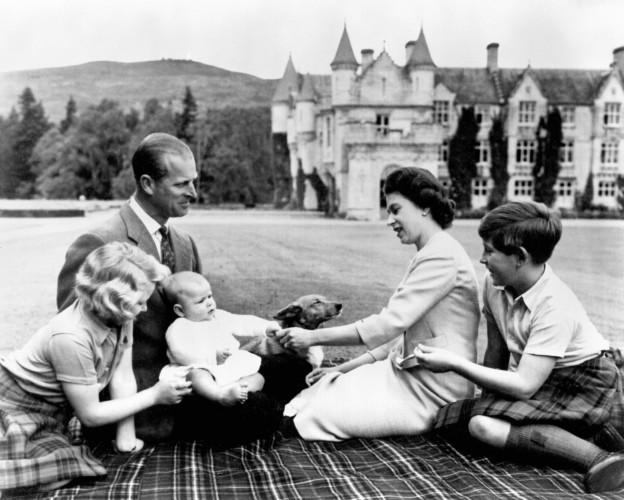 Royalty - Queen Elizabeth II and family - Balmoral