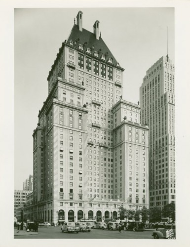 the-savoy-plaza-hotel-was-constructed-in-1927-on-5th-avenue-between-58th-and-59th-streets-in-1964-it-was-torn-down