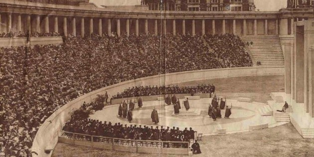 lewisohn-stadium-was-an-open-air-amphitheater-on-the-campus-of-the-city-college-of-new-york-that-opened-in-1915-it-was-destroyed-in-1973-to-make-way-for-a-new-academic-center