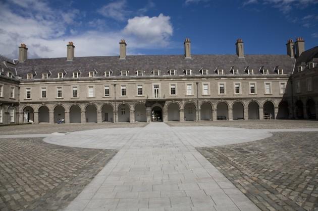 Courtyard_of_Irish_Museum_of_Modern_Art
