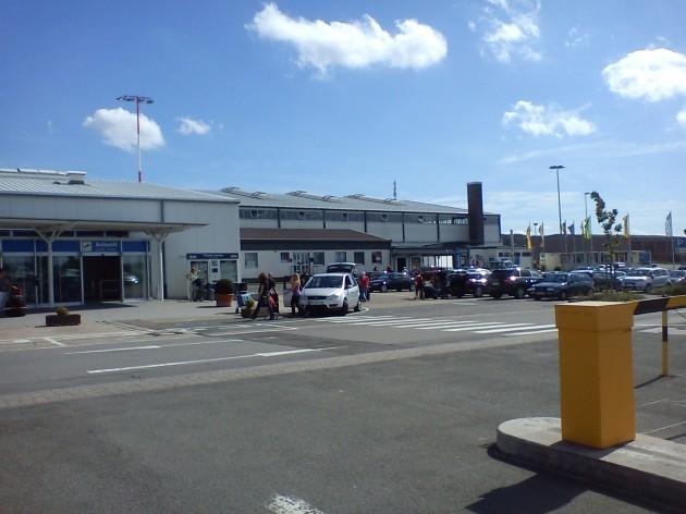 Flughafen Zweibrücken Terminal.jpg