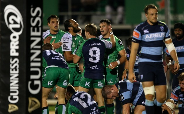 George Naoupu and Kieran Marmion celebrate with Robbie Henshaw after he scored his side's opening try
