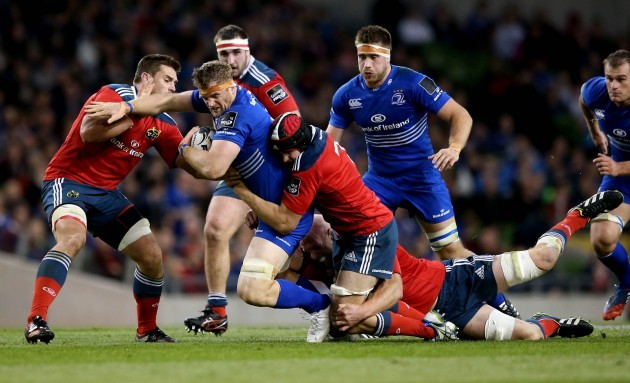 CJ Stander, Paul O'Connell and Tommy O'Donnell tackle Jamie Heaslip