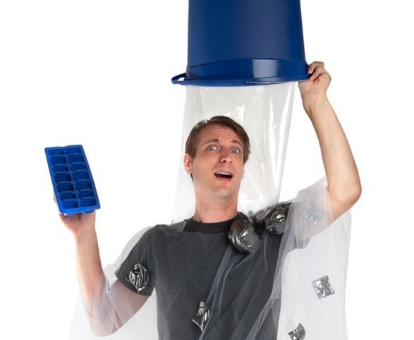 ice-bucket-challenge-costume-1-e1408736512194