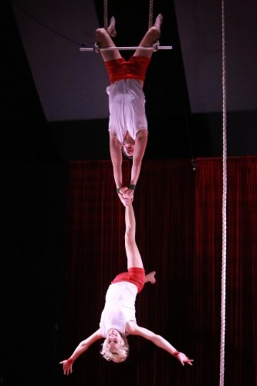 Tumble Cicrus Trapeze Ken Fanning and Tina Segner