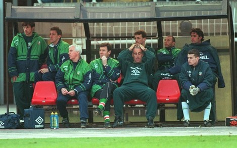Mick McCarthy shows his despair. 2/4/1997.
