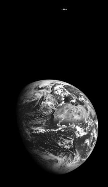 earthmars_bright_E1155564561