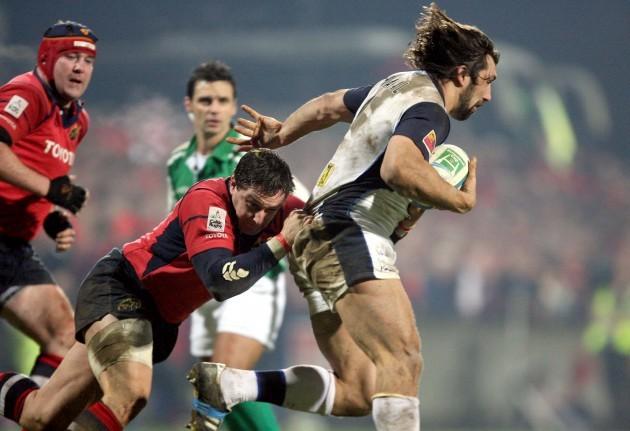 David Wallace tackles Sebastien Chabal 21/1/2006
