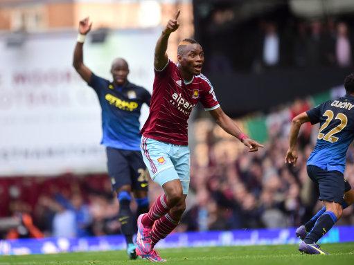 Soccer - Barclays Premier League - West Ham United v Manchester City - Upton Park